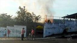Incêndio destrói parte de escola estadual em Marília