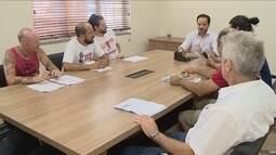 Sem acordo, sindicato e prefeitura se reúnem, mas greve continua em Florianópolis