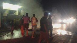 Moradores pedem melhorias em rua de Porto Velho durante protesto