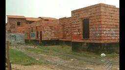 Obra de habitação no Portal da Amazônia está atrasda há 7 anos