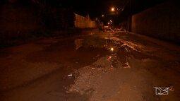 Jardim São Cristóvão sofre com buracos nas ruas e avenidas, em São Luís