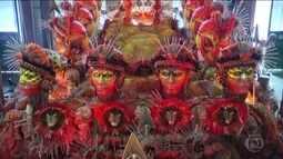 Grupo Especial do carnaval do Rio desfila neste domingo (26)