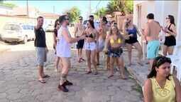 Foliões curtem Carnaval em Conceição da Barra, ES