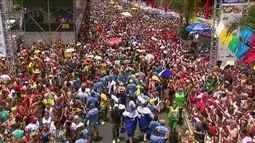 Considerado o maior bloco de carnaval do mundo, Galo da Madrugada fez seu 40º desfile