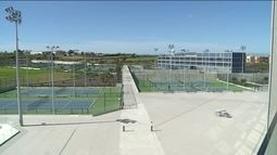 Estrutura da academia de Rafael Nadal impressiona visitantes e alunos, na Espanha