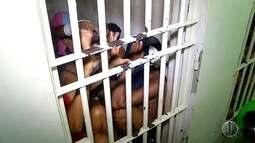 Superlotação em delegacias, obriga policiais a tomarem conta dos detidos em flagrantes