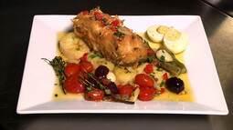 Bacalhau do Mediterrâneo é frito e acompanha batata salteada