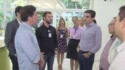 Secretário de Saúde do Estado visita Ambulatório de Especialistas Médicas de Santos