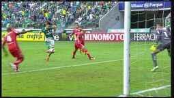 Palmeiras cede empate duas vezes ao Audax e adia conquista da melhor campanha