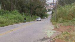 """Quadro """"De Olho na Rua"""" mostra problema em avenida de Varginha (MG)"""