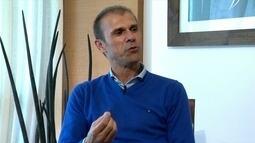 Milton Mendes revela sonho de treinar time grande da Europa