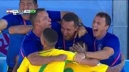 Gol do Brasil! Na cobrança de escanteio, Daniel Zidane amplia o placar, 5 a 0
