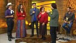 Zé Caradípia, Flora Almeida e Márcio Celli cantam no 'Galpão' (bloco 3)
