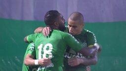 O gol de Chapecoense 1 x 0 Palmeiras pela 2ª rodada do Brasileirão