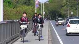Japoneses dão exemplos de boa convivência nas ruas de Tóquio