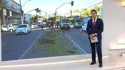 Uma faixa de cada lado é interditada para reposição de semáforo na Barão Homem de Melo