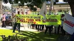 Servidores de Aracaju realizam protesto