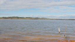 Corpo de Bombeiros busca irmãos que desapareceram no Lago de Furnas, em Fama (MG)