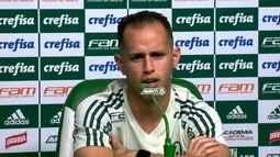 Guerra fala em entrevista coletiva no Palmeiras