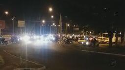 Motociclistas fazem protesto após morte de profissional em São Carlos