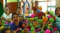 Crianças se divertem nas colônias de férias