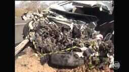 Duas pessoas morrem e duas ficam feridas em acidente na BR-230