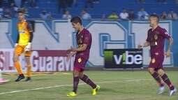 O gol de Londrina 0 x 1 Vila Nova pela 19ª rodada da Série B do Brasileiro