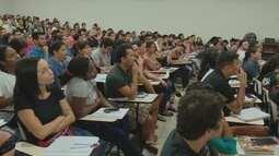Na véspera do concurso da PM, candidatos lotam salas de cursinho no Amapá