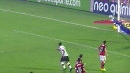 Fernando Miguel, Felipe, Diego Alves, Paulo Victor e Vanderlei. Quem fez a melhor defesa?
