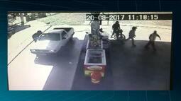 Bandidos são presos após assaltar clientes de posto de combustíveis no Alto Sertão da PB