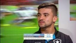 Victor Luis comenta drible que levou de Berrío na semifinal da Copa do Brasil