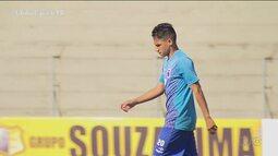 Paraná Clube apresenta oficialmente seu novo reforço
