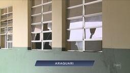 Giro: Quase mil alunos ficam sem aulas em Araquari após escola ser alvo de vandalismo