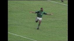 No Brasileiro de 97, Palmeiras goleia o Santos: 5 a 0