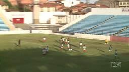Expressinho vence o Pinheiro, no Nhozinho Santos