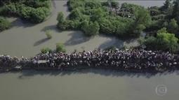 Imagem dramática mostra fuga de milhares de muçulmanos da etnia rohingya