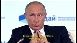 Vladimir Putin convida Sepp Blatter para acompanhar a Copa do Mundo 2018