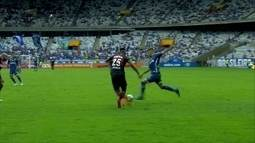 Melhores momentos de Cruzeiro 1 x 0 Atlético-PR pela 32ª rodada do Campeonato Brasileiro