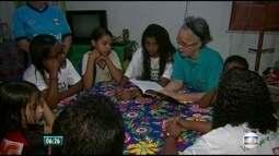 Ação incentiva gosto pela literatura em comunidade do Recife