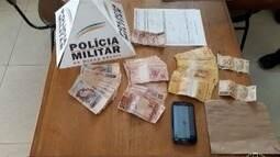 Rapaz é preso com notas falsas e afirma ter comprado o dinheiro por uma rede social