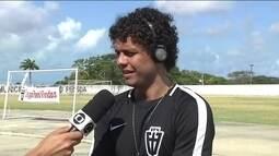 Victor Ferraz diz que fica lisonjeado com elogios de Dorival Junior, do São Paulo