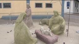 Presépio feito com areia é atração em Itanhaém