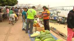 Vendedores com produtos sem autorização voltam a ocupar o cais de arrimo em Santarém