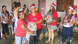 Moradores do bairro Livramento são os primeiros a receber cestas do 'Natal sem Fome'