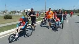 Heróis sobre Rodas organiza corridas para deficientes
