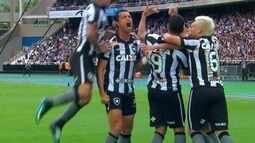 Lances de Valencia com a camisa do Botafogo