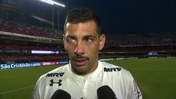 """Diego Souza afirma que São Paulo jogou bem, lamenta derrota e diz: """"Pressão é grande"""""""