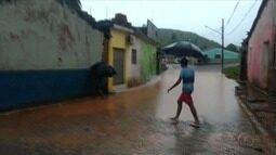 Fortes chuvas elevam o nível do Rio Jacuípe neste final de semana