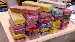 Polícia apreende dezenas de tabletes de maconha em carro roubado na Grande Natal