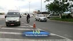 Ação de fiscalização do combate a transporte irregular é realizada em Campos, no RJ